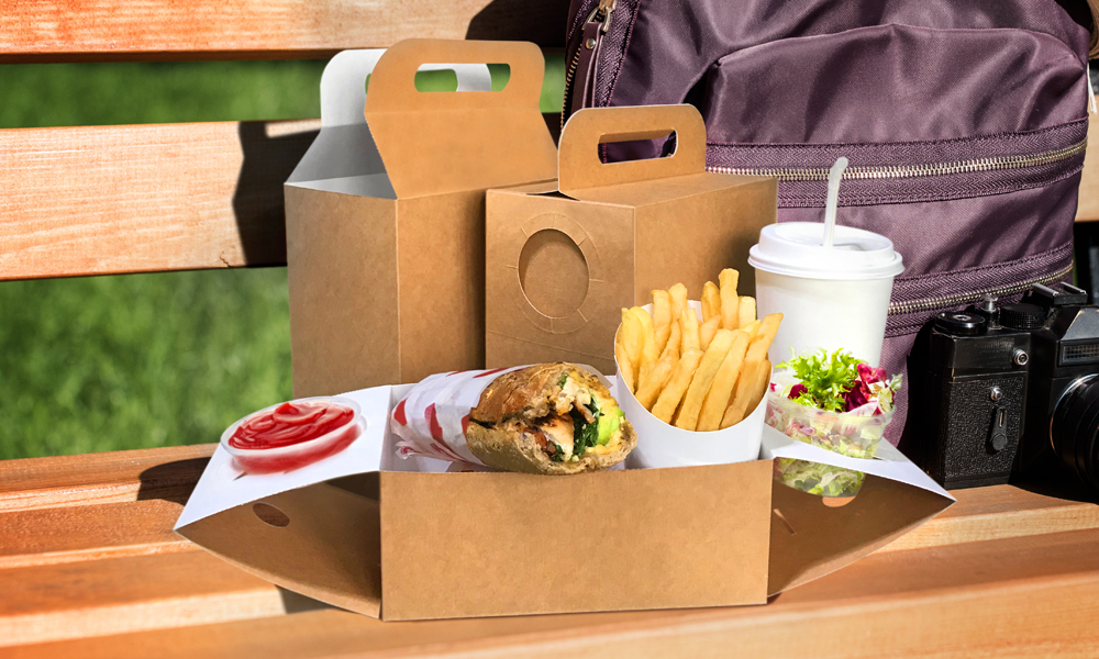 At the 2018 HORECA show, UNIPAK introduced a new innovative packaging solution, the Tray Lunch Box, targeting the takeaway and food delivery industry